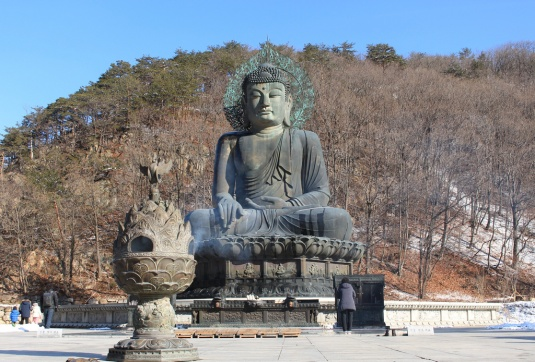 Sinheungsa Buddha